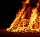 La Saint-Jean Baptiste dans un mois , une saison feu_de_la_saint_jean