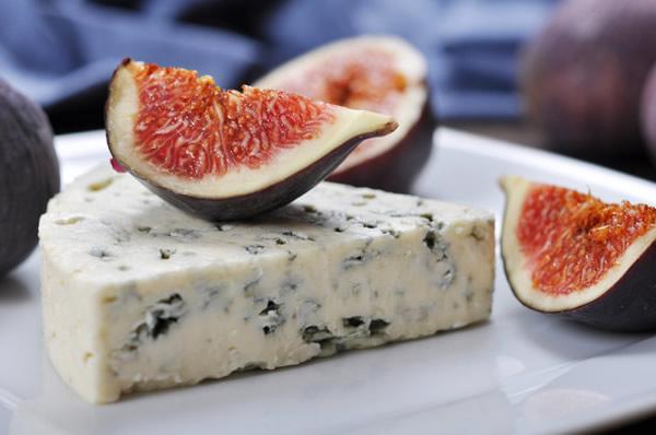 le vin blanc se marie avec le fromage